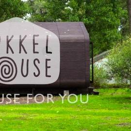 La casa di cartone garantita 50 anni