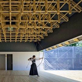 Usare il legno secondo la visione giapponese: due progetti gemelli