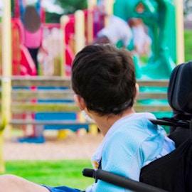 Parchi inclusivi per tutti i bambini. Cosa sono e come si progettano